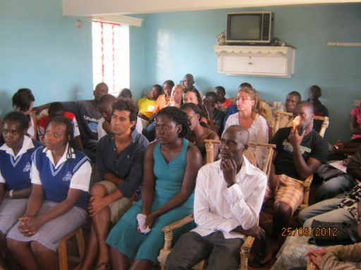 SVI is a non-profit international volunteer organization rencontre_asso_ouganda.jpg