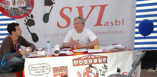 Le SVI est une association de volontariat international non commerciale svi_journee_europrenne.JPG